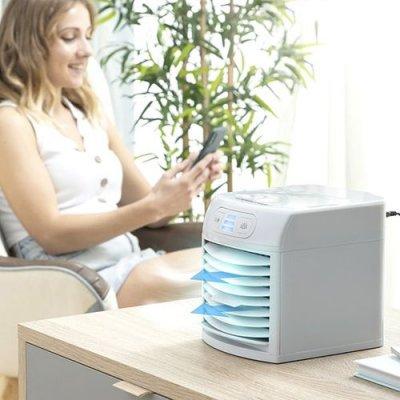 InnovaGoods Prenosná odparovacia klimatizácia s LED svetlom FreezyQ+